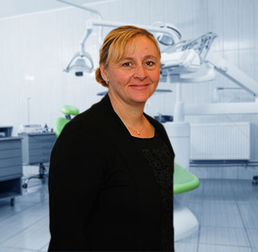 Lenna Klasios, Hygienist